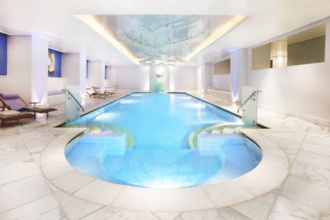 The GB Spa swimming pool, which is chlorine free and enriched with ozone, oxygen and sea salt. Grande Bretagne Anne Specque