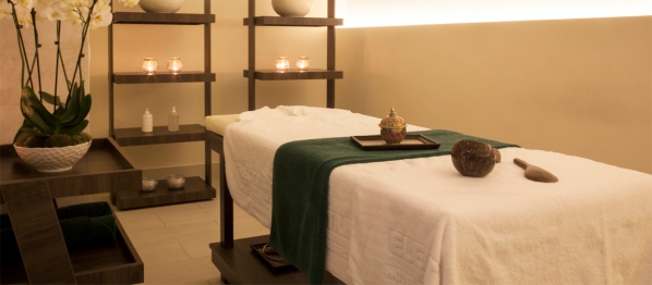 The treatment room at the Electra Palace Hotel's Aegeo Spas